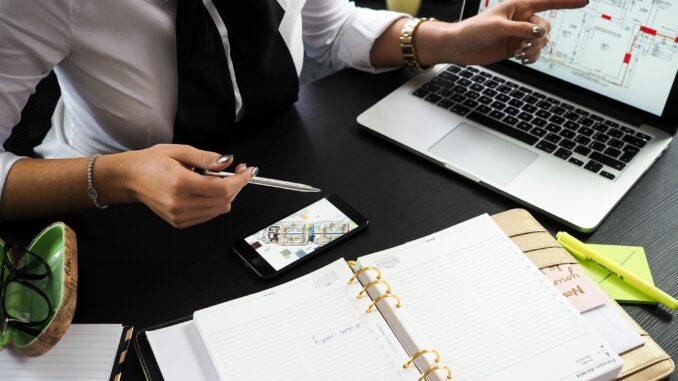 Revolution in der Maklerbranche - Neue Gesetze und Digitalisierung